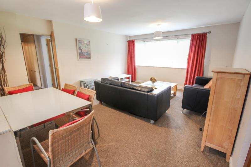 2 bed Flat Share for rent